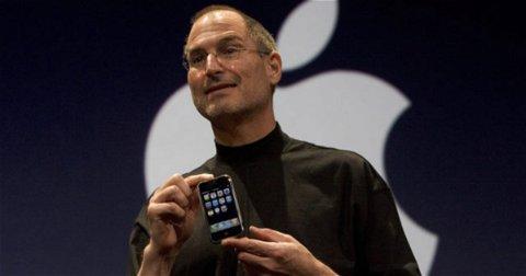 La primera broma telefónica de la historia realizada con un iPhone la hizo el propio Steve Jobs en su presentación
