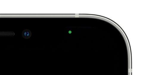 ¿Qué significa el punto verde o naranja que aparece en el iPhone?